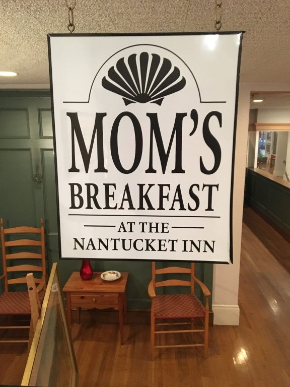 Mom's Breakfast sign